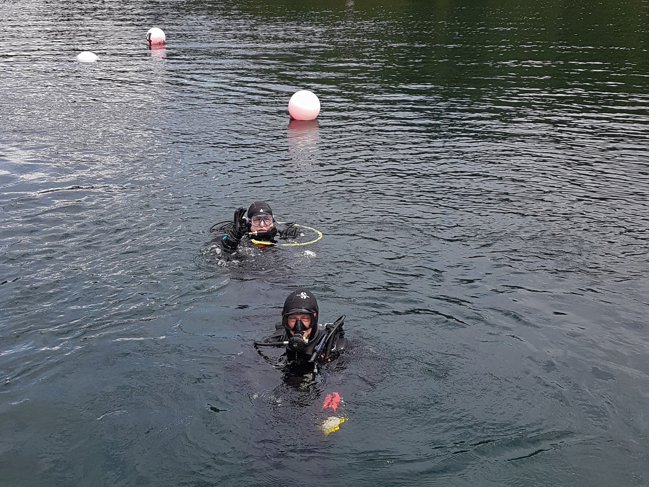 Divers in Vobster Quay